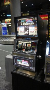 Movie Prop Slot Machines - PhotoP1030434