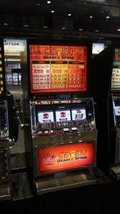 Seven Deadly Spins -Movie Prop Slot Machines - PhotoP1030436