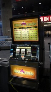 Double Rich Uncle Movie Prop Slot Machines - PhotoP1030440